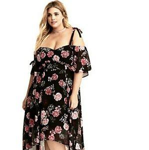 ❤️ New Torrid Off the Shoulder Floral Dress ❤️